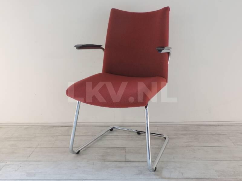 Design outlet stoelen de wit 3014 rood for Outlet stoelen