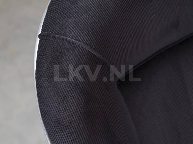 Gispen AA zwart rib detail